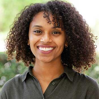 Yomna-Elsiddig-profile-headshot